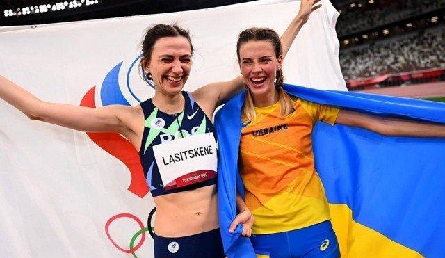 Россиянка Мария Ласицкене и украинка Ярослава Магучих - на Олимпиаде в цветах флага