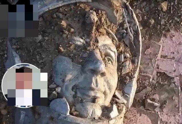 Памятник Юрию Гагарину на Сахалине выбросили на свалку — на его месте появится заправка