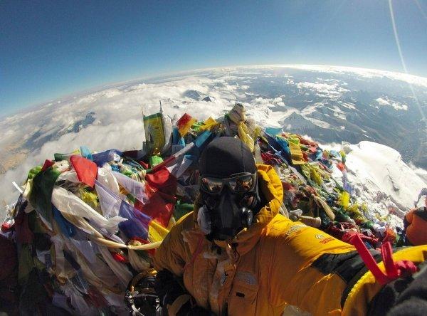 Как выглядит вершина горы Эверест