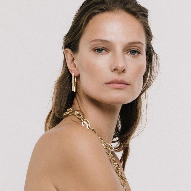 Украинская модель Татьяна Рубан, снявшаяся в клипе Светланы Лободы Indie Rock в украшениях