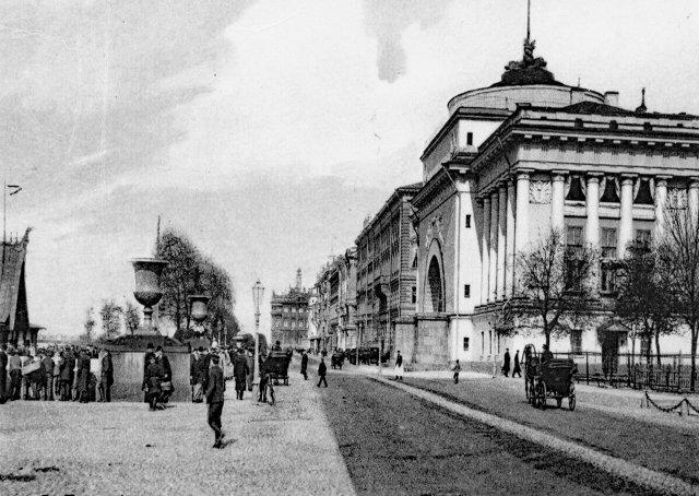Старый Петербург. Адмиралтейская набережная