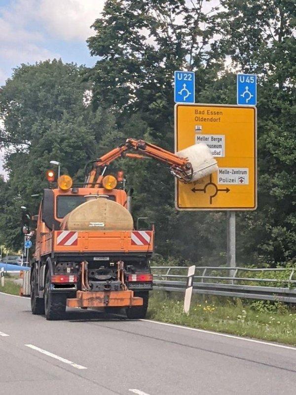 Специальная насадка для чистки дорожных знаков