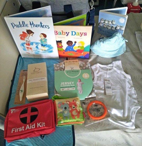 Больницы в штате Виктория дают молодым родителям бесплатные сумки с детским «приданым»