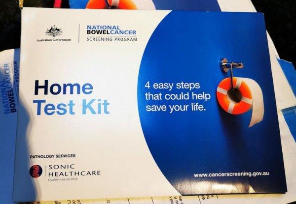 В Австралии, когда вам исполняется 50, государство присылает вам упаковку тестов на рак кишечника