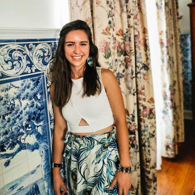 Мигел Оливейра женился на сводной сестре Андреа Пименте в белой кофте