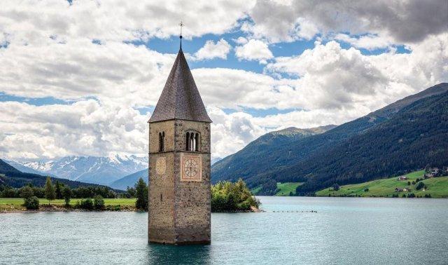 Затонувшая церковь