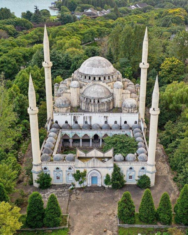 Заброшенная мечеть