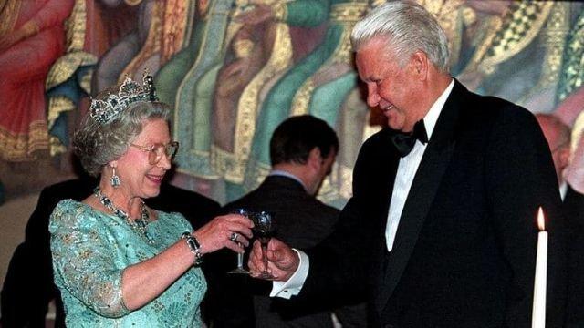 Королева Елизавета II и Борис Ельцин - Москва.1994 год.