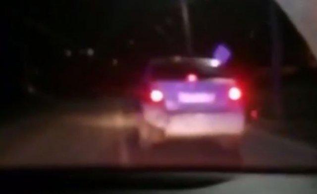 В Иркутске сотрудники ДПС остановили 13-летнего водителя, который вез пьяного отца домой