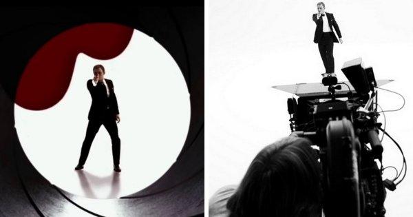 Дэниел Крейг на съёмках вступительной сцены с видом из дула пистолета