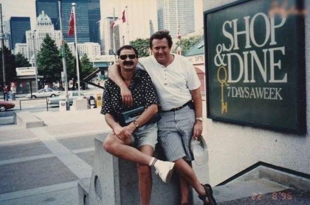 Илья Олейников и Юрий Стоянов на отдыхе за границей, 1996 год