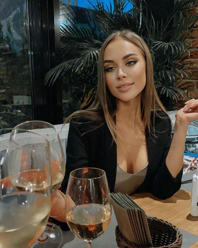 Новая девушка Павла Деревянко - Зоя Фуць