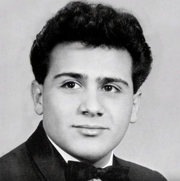 Дэнни де Вито в 1961 году