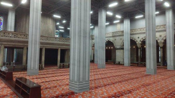 Эта мечеть в Стамбуле выглядит как комната из видеоигры