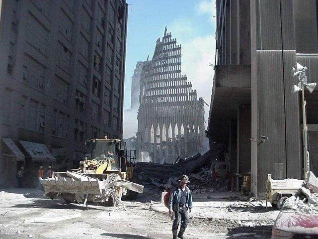 Секретная служба США по указу Джо Байдена показала фото из своего архива, сделанные 11 сентября