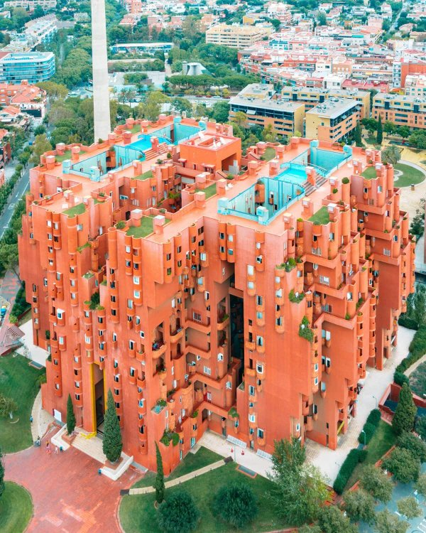 Барселонские слишком уж погрязли в творчестве