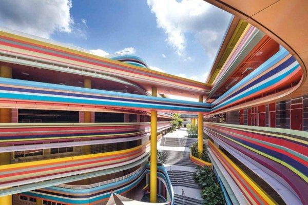 Здание начальной школы и детского сада в Сингапуре