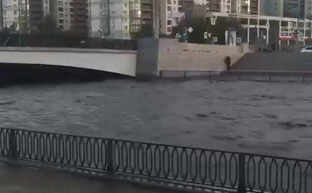 В Петербурге очередное наводнение