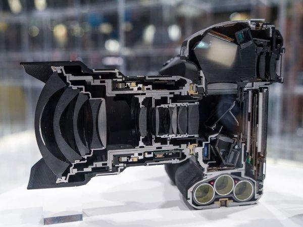 Камера в разрезе