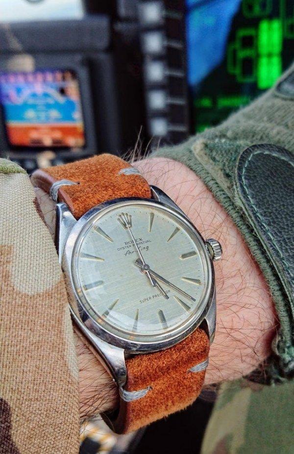 Сделаны в 1962 году. Первоначальный владелец, вероятно, носил их большую часть жизни, и я планирую носить их до конца своих дней