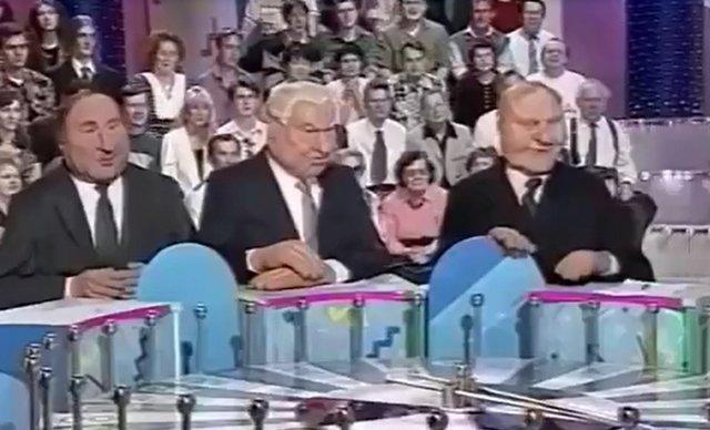 """Архивные выпуск шоу """"Куклы"""" на """"Поле чудес"""", который актуален даже в наши дни"""