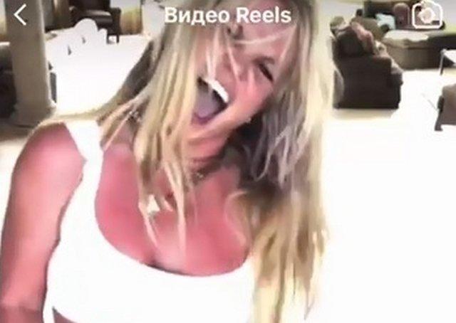 Бритни Спирс вернулась в Instagram и снова начала танцевать
