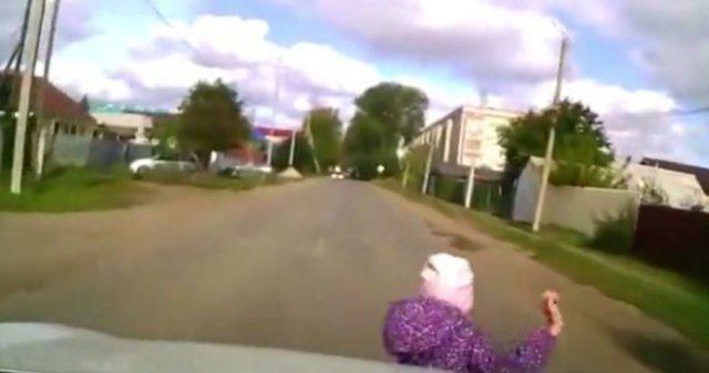 Отменная реакция водителя и хорошие тормоза помогли избежать трагедии