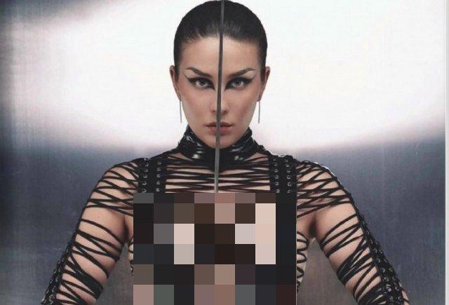 Певица Maruv в откровенной фотосессии для Playboy
