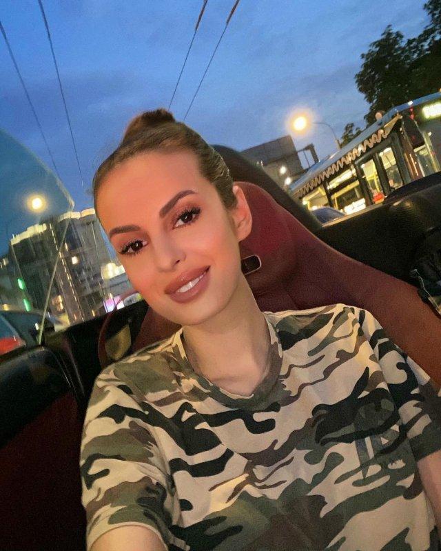 Дочь Наталья Штурм - Елена Якубова - которая так и не определилась с личной жизнью