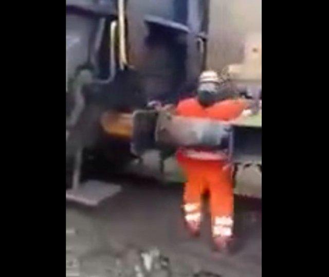 Железнодорожники, которые не думают о технике безопасности