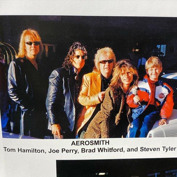 С группой Aerosmith