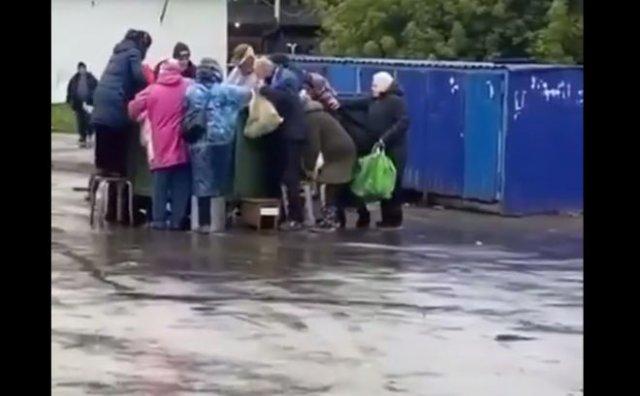 """""""Битва"""" за просрочку в Новосибирске"""