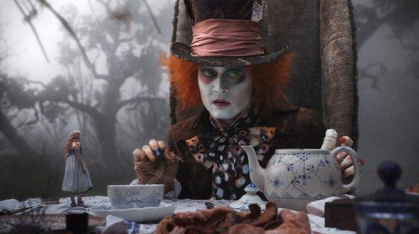 2011 год, «Алиса в Стране чудес»