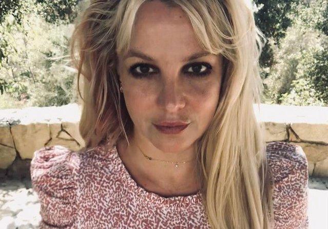 Суд освободил Бритни Спирс от опеки отца: теперь ее 50 миллионным состоянием заведует бухгалтер