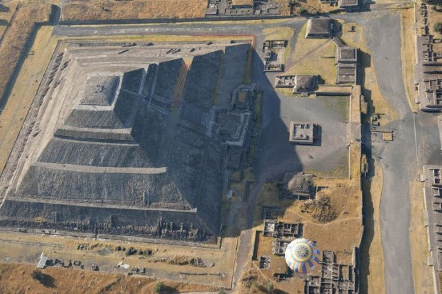 Пирамида Солнца в Мексике, II век