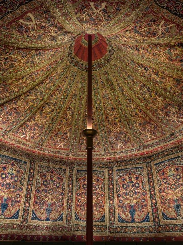 Убранство шатра Мухаммад Шаха, падишаха Империи Бабуридов. Индия, 1834–1848 годы