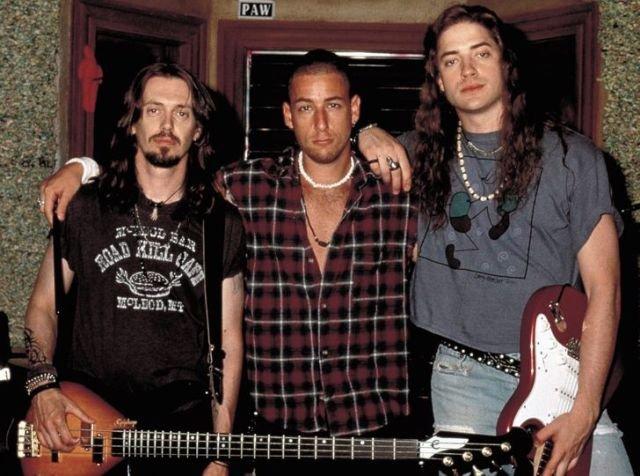 Стив Бушеми, Адам Сэндлер и Брендан Фрейзер на съемках фильма «Пустоголовые» в 1994 году