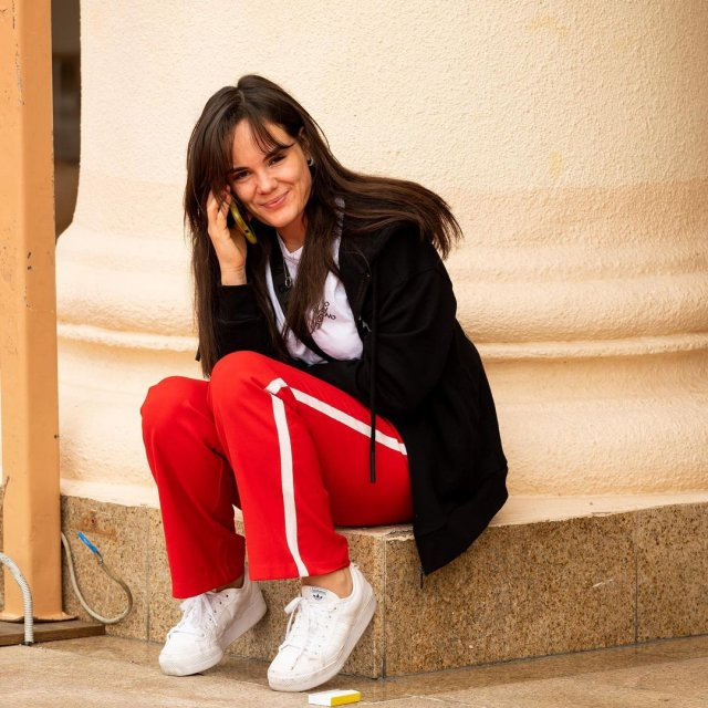 Анастасия Сайфулина - девушка актера Сергея Бурунова, которая является его директором