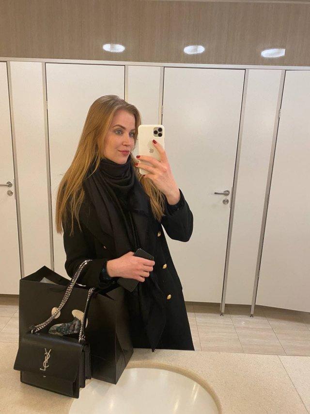 Angelina Robihood: содержанка и модель, решившая пойти во взрослое кино