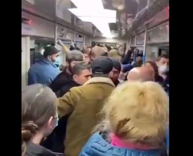 Очередной конфликт с кавказцами метро - и снова из-за того, что те приставали к женщинам