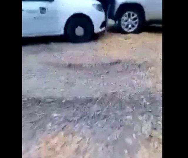 Пьяный таксист прижал женщину машиной