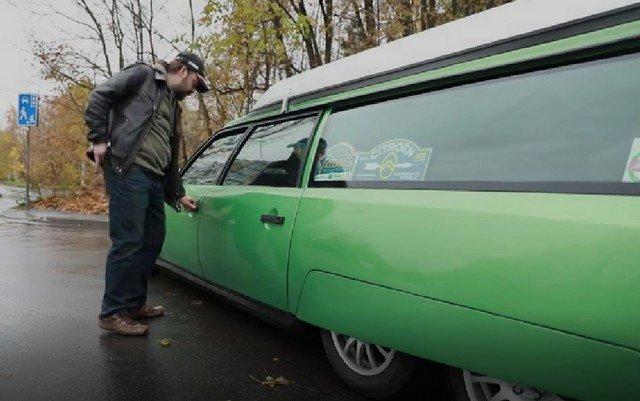 Артем Панченко сделал из старого Citroën дом на колесах и отправился на нем в Европу