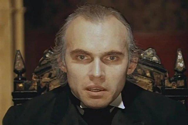 Умер Виктор Евграфов, сыгравший профессора Мориарти в фильме о Шерлоке Холмсе. Архивные фото