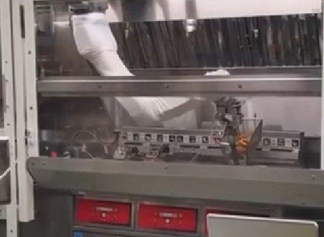 Будущая звезда Мишлен делает картофель фри в бургерной в Сиэтле