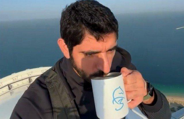 Наследный принц Дубая решил выпить кофе на самой высокой точке нового колеса обозрения