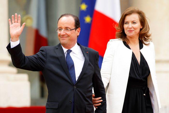Франсуа Олланда изменяет жене + Голые фотографии Жюли Гайе (15 фото)