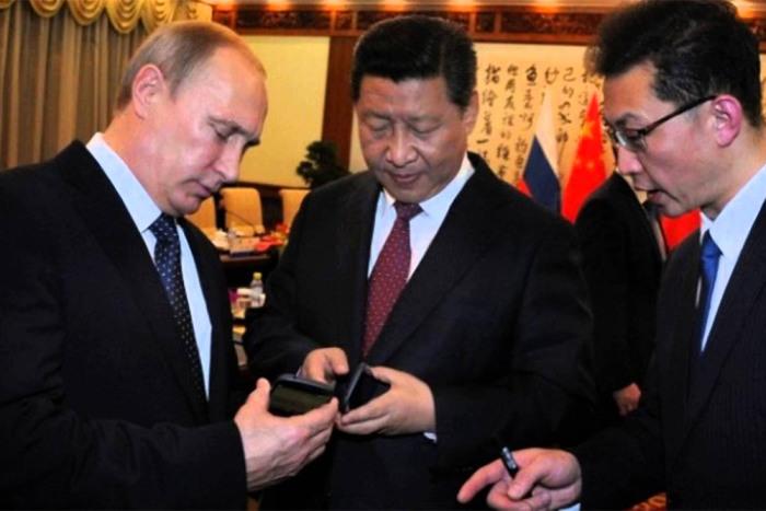 Подарки Владимира Путина (10 фото)