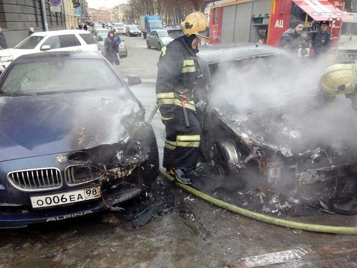 сгорела машина в санкт-петербурге сегодня