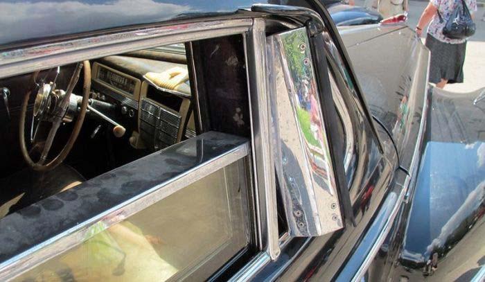 Пуленепробиваемые стекла советского лимузина ЗИС-115 (2 фото)