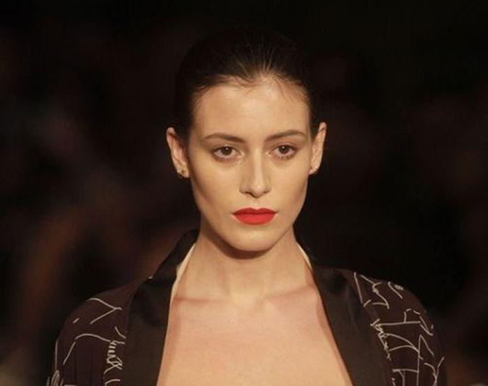 Алехандра Гилман на модном показе Mercedes-Benz Fashion Week. НЮ (4 фото)
